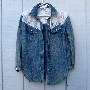 Naive Overlap by Lab+N Distressed Washed Denim Top